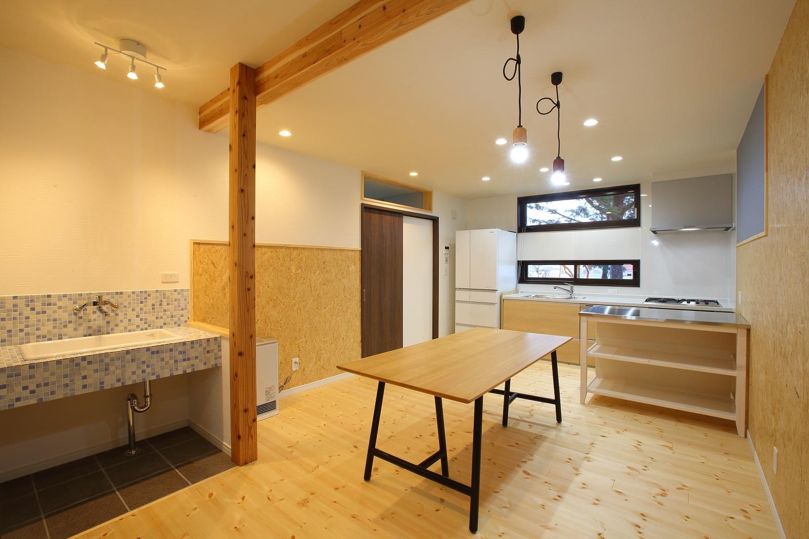 フルリノベーションでデザイン多世帯住宅へ